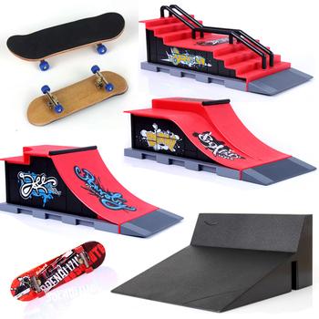 Podstrunnica profesjonalna mini deskorolka Skate Park części rampy TECHNIC Deck site łożyska koła taśma piankowa nowe zabawki przyjaciele tanie i dobre opinie Drewna 8018 Certyfikat NO EATING 10cm*2 8cm*1 5cm Finger deskorolki 5-7 lat 8-11 lat 12-15 lat Dorośli Colours Fingerboard Skate Boarding Toys