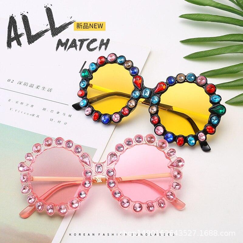 Feishini Festival Gorgeous Women Sunglasses Round Hip Hop Crystal Diamond Handmade UV400 Red Lens Flower Design Summer Sunglass