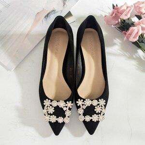 Image 4 - 2020 chaussures femme 3.5cm talons hauts femmes cristal boucle strass troupeau Point orteil fête sandales bureau dame robe pompe grande taille
