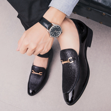 2020 Shoes Men Formal Business Brogue Luxury Dress Male Casual Genuine Leather Wedding Party Loafers Pointed Toe
