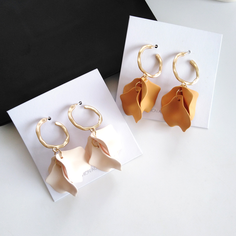 Fashion Petals Earrings Personality Frosted Temperament Girl Earrings Acrylic Tassel Transparent Classic Long Earrings For Women