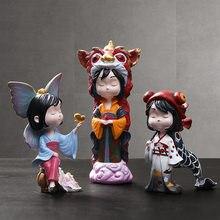 Bonito dos desenhos animados japonês menina escultura crianças sala de estar decoração acessórios namorada presente decoracion hogar moderno t408