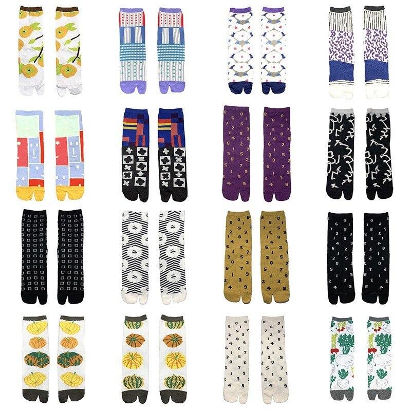 New Japanese Harajuku Style Kawaii Two Toe Funny Socks Women With Alphanumeric CottonWoman Socks For Ladies 31704