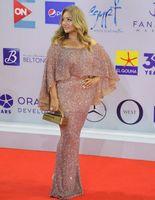 Women Long Off Shoulder Sequin Celebrity Inspiration Dresses with Sleeves Mermaid Robe De Soiree Floor Length Formal Dresses