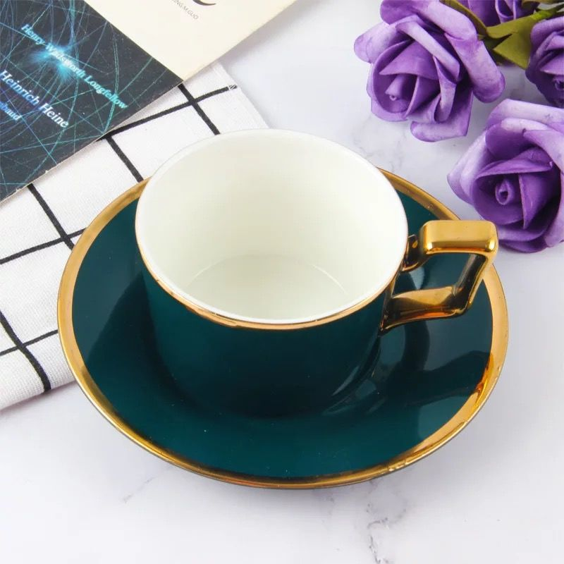 Европейский Стиль Китайский костяной фарфор кофейный набор чашка и ложка для блюдца набор ручная роспись птица с цветочным узором Черный ч...