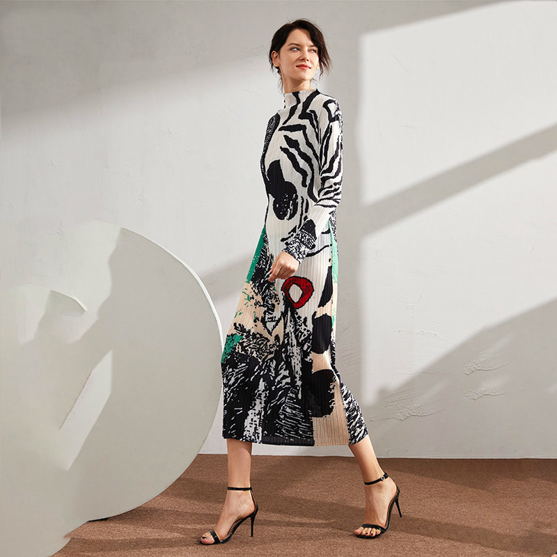 LANMREM 2020 New Spring Stand Collar Print Colorblock Long Pleated Dress Women Vintage Slim Was Thin Office Lady Dress PD789