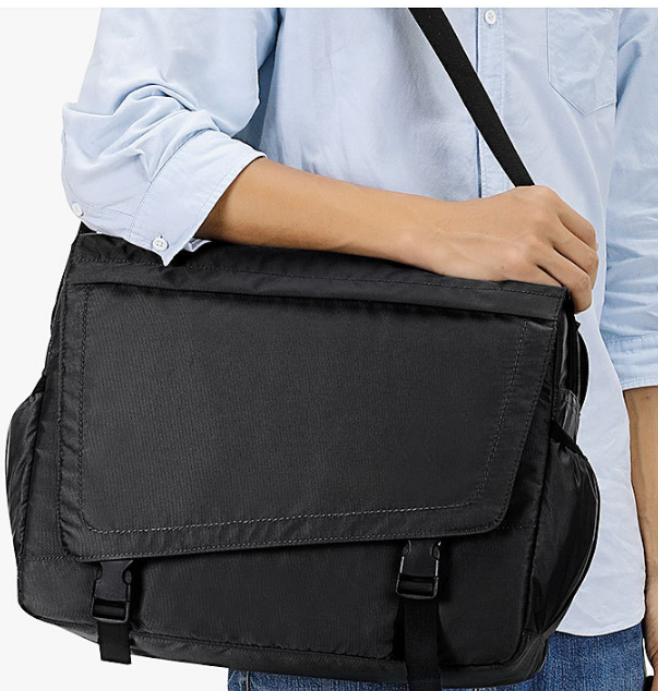 Personality Simple Men Briefcase High Capacity Mens Business Shoulder Bag Casual Outdoor Laptop Cloth Bags Bolso Hombre DF343