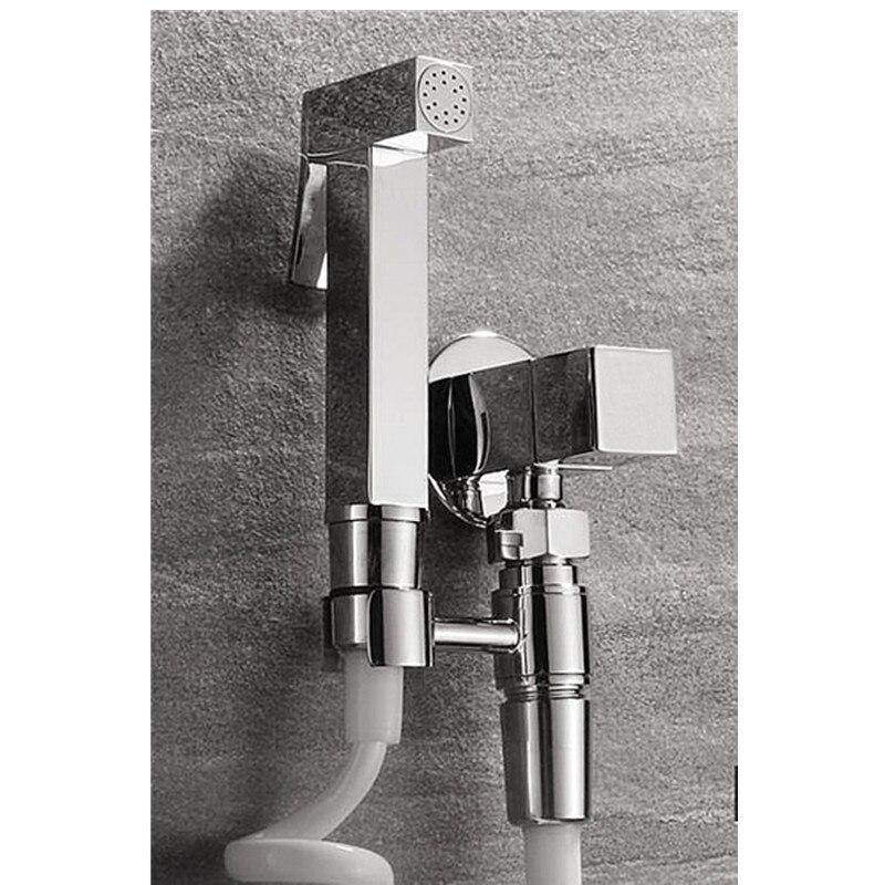 Pistolet de douche de Bidet tenu dans la main de toilette en laiton/robinet de Bidet de femmes ensemble de douche Shattaf fixé au mur BD061