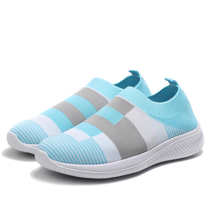Women Vulcanize Shoes New Socks Shoes Women Sneakers Comfort Mother Shoes Light Women Shoes Mesh Women Loafers Tenis Feminino