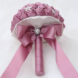 Image 3 - Wifelai uma rosa de veludo roxo, de seda, noiva, buquê de casamento, romântico, dama de honra, broche de cristal, buquê w569