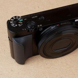 Image 5 - אנטי החלקה אבזר ארגונומי סיליקון מעוקל קצה עמיד מצלמה יד אחיזה מקצועי דבק עבור Sony RX100 סדרה
