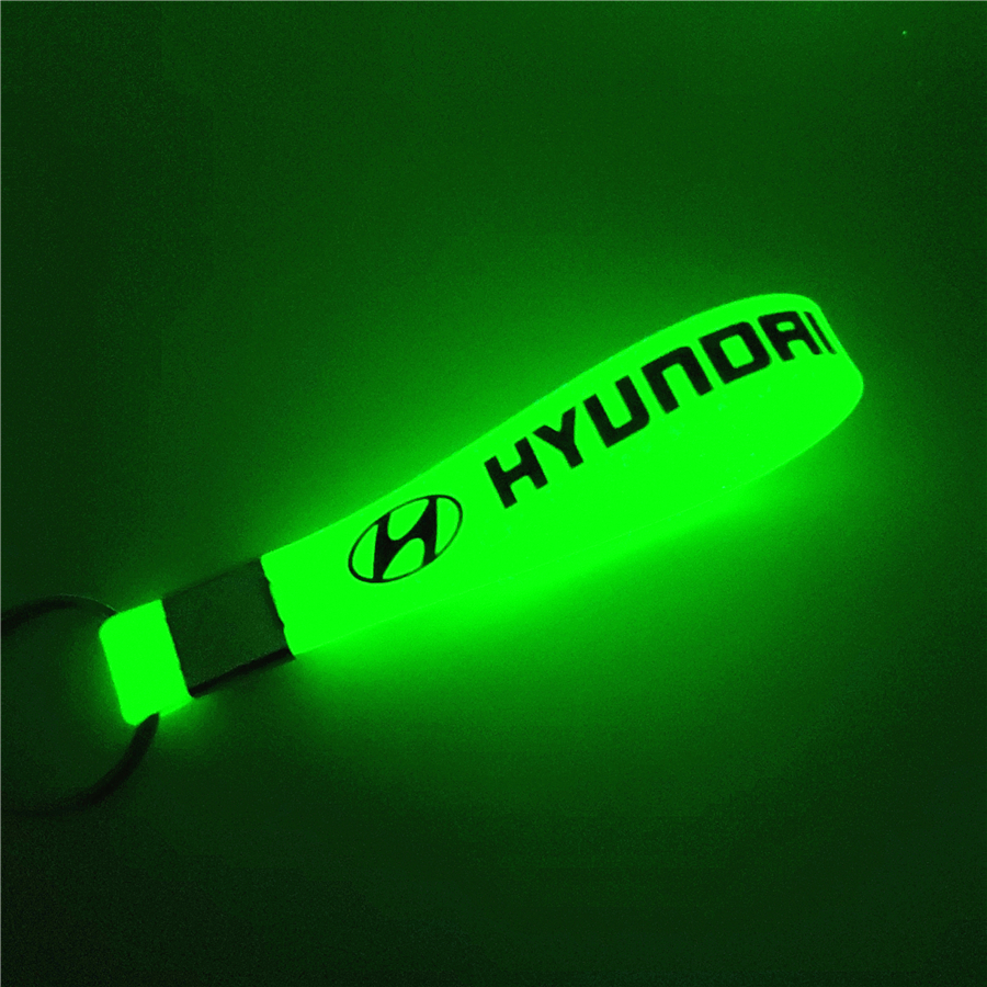 Luminous Green Car Keychain KeyRing For HYUNDAI Solaris Ix35 I20 I30 I40 HYUNDAI Tucson CRETA Santa Fe Car Styling