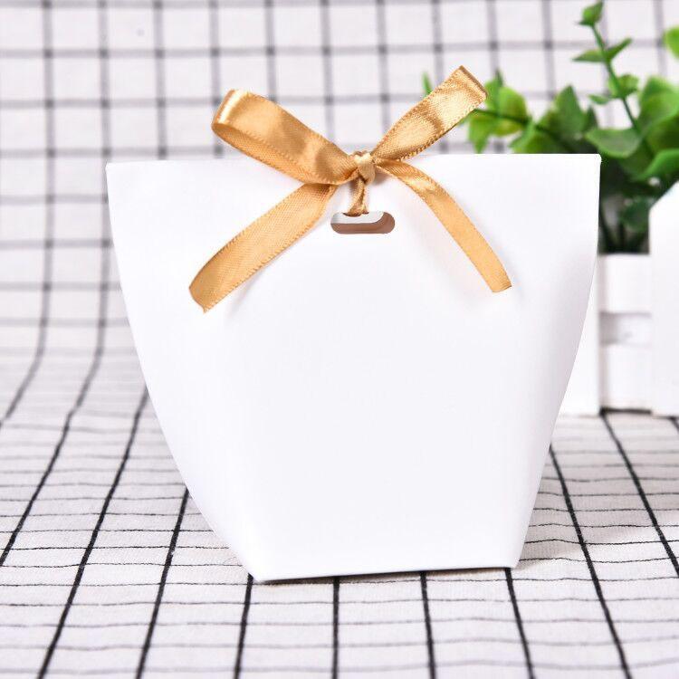 Ev ve Bahçe'ten Çantalar ve Sepetler'de 50 adet boş Kraft kağıt torba şeker çantası düğün iyilik hediye kutusu paketi doğum günü partisi dekorasyon çanta ile şerit title=