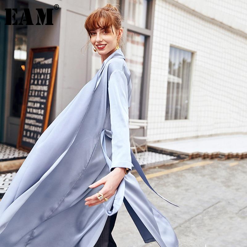 [EAM] 2020 New Spring Autumn Lapel Long Sleeve Blue Side Vent Loose Temperament Windbreaker Women Trench Fashion Tide JW522