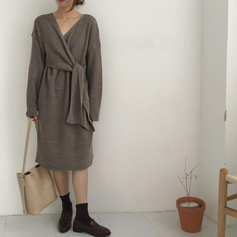 H1a605f041324442ab7a9f3748dae205cd - Winter Korean V-Neck Long Sleeves Knitted Dress