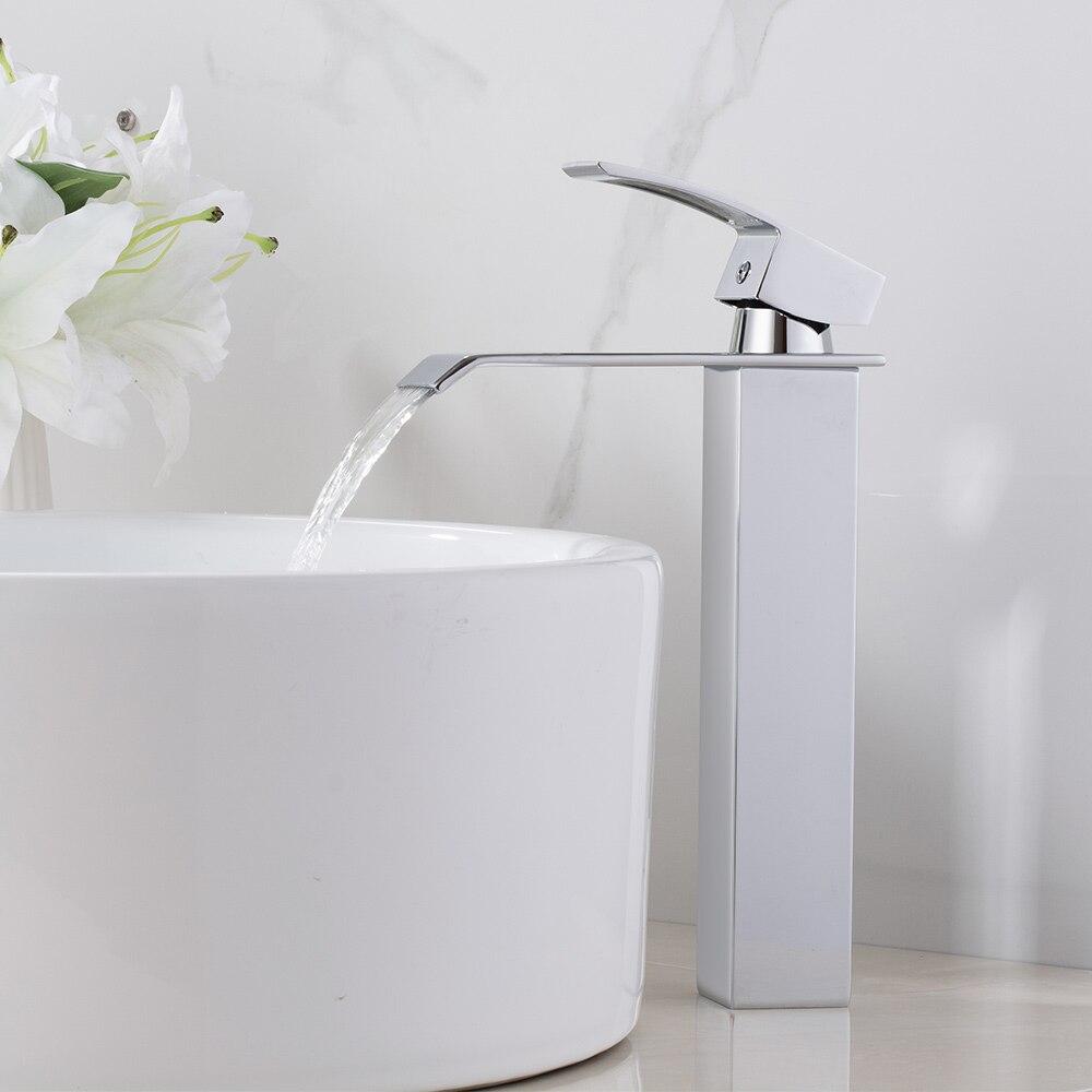 Полированный Смеситель для ванной комнаты с водопадом, однорычажный кран с одним отверстием, хромированный латунный кран для горячей и хол...