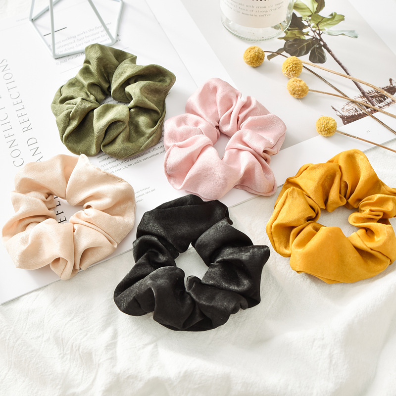 1pcs Solid Lady Hair Scrunchies Ring Elastic Hair Bands Pure Color Bobble Sports Dance Velvet Soft Charming Scrunchies Hairband