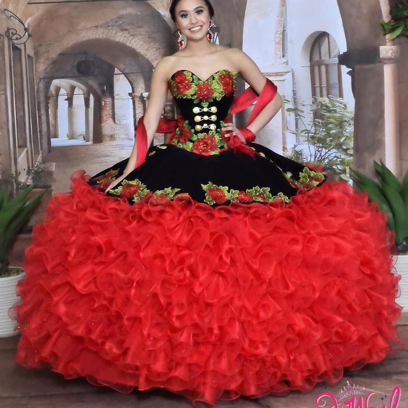 Black And Red Sweet 16 Quinceanera Dresses Sweetheart Flower Appliques Tiered Skirt Masquerade Dress 2020 Prom Gowns