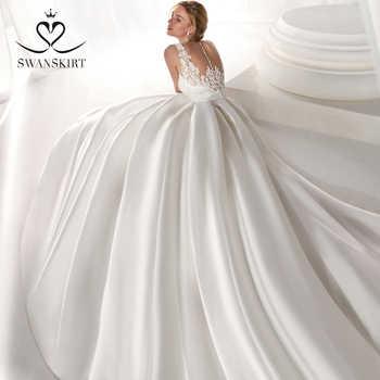 Satin A-Line Wedding Dress 2019 Swanskirt Fashion V-neck Appliques Back Bride gown Princess Plus Size vestido de noiva NZ50 - DISCOUNT ITEM  39% OFF All Category