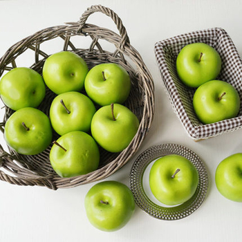 8szt 8cm rozmiar sztuczne owoce plastikowe sztuczne owoce sztuczne zielone jabłko i sztuczne plastikowe sztuczne symulowane zielone jabłko tanie i dobre opinie CN (pochodzenie) APPLE 8 sztuk