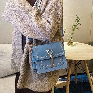 Image 5 - Уникальные дизайнерские Винтажные Сумки из искусственной кожи с бахромой и кошачьим замком, женские сумки в богемном стиле с широким ремешком, женская сумка через плечо