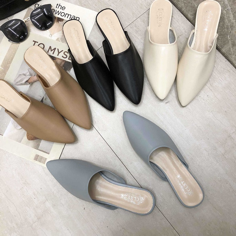 Flat Shoes 2020 Fashion Mules For Women PU Leather Pointed Toe Slip On Flip Flops Women Slipper Summer Sandals Women's Shoes