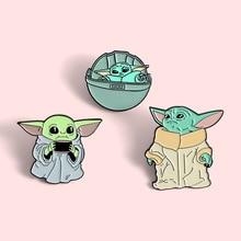 Star Wars Mandalorian Baby Yoda Brooch Women Broche Badge Pins Metal Collar Brooches for Men Pines Metalicos Jewelry