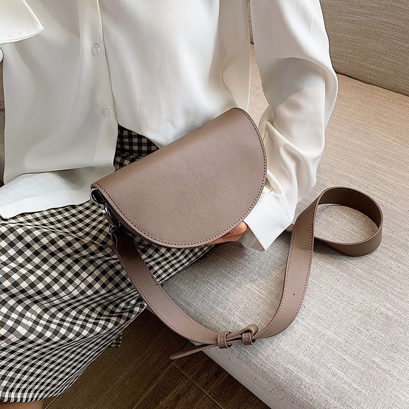 Female Messenger Bag Waterproof Fashion Youth Girl Shoulder Bag PU Leather Personality Everyday Small Bags Brown Easy To Clean