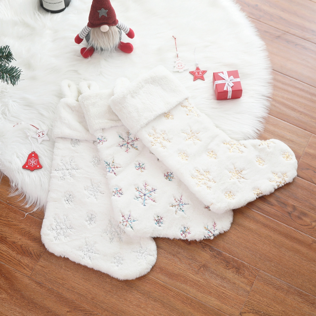 - 401 Christmas Decorations Soft Beads Embroidered Christmas