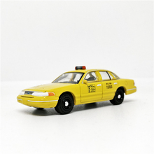 Greenlight 1:64 1994 Ford Crown Victoria NYC Taxi Diecast Model Car Loose