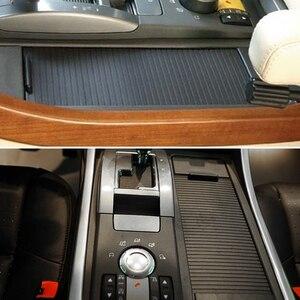 Image 2 - Estilo interior do carro center console deslizante estores copo titular rolo cego capa para land rover range rover sport 2005 2009