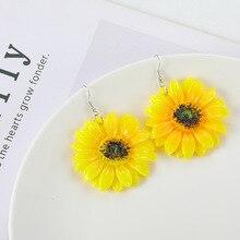 2019 Beach Little Fresh Yellow Sunflower Petal Earrings Daisy Sun Flower Drop Stamen Ear Nail Earring Lady