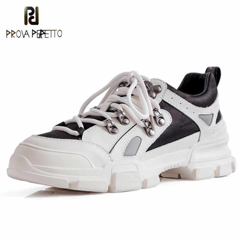 Prova Perfetto פראי שחור לבן סניקרס נשים אופנה מתכת קישוט קוריאני סגנון לגפר נעלי אישה מסיבת Sepatu Wanita