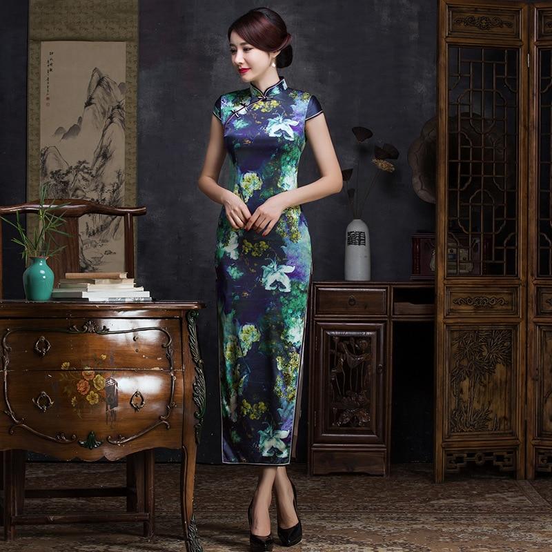 2019 And Women's Wear Qipao Dress Fashion Printing Cultivate Morality Short Sleeve Collar Silk Long Cheongsam Manufacturers