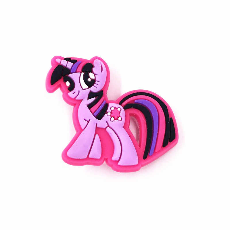 1Pcs Poni PVC Lencana Dekorasi untuk Pakaian Tas Anak Wanita Label Pin Saya Sedikit Kuda Unicorn Bros Di Ransel tas