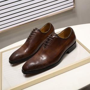 Image 4 - ยี่ห้ออิตาเลี่ยนMens Oxfordรองเท้าผู้ชายรองเท้าหนังทำด้วยมือสีน้ำตาลLACE Upงานแต่งงานอย่างเป็นทางการรองเท้า