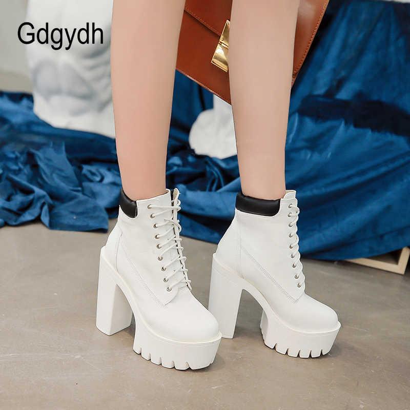 Gdgydh 2019 Yeni Kadın yarım çizmeler Bağlama Yumuşak Deri Yuvarlak Ayak Platformu Kadın kısa çizmeler Siyah Beyaz Gotik Kalın Topuklu Ayakkabılar