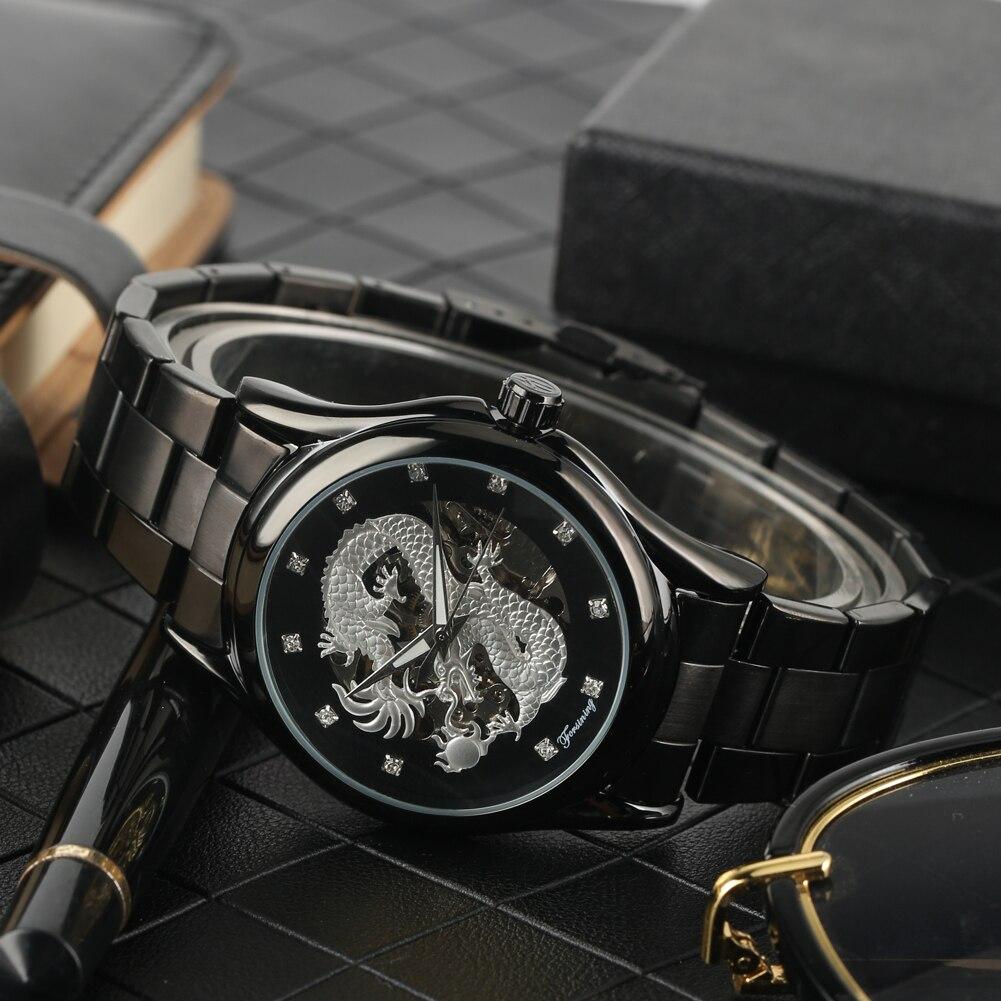 Mostrador do relógio de Pulso dos homens