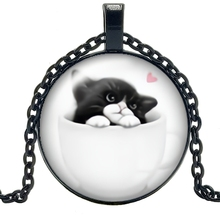 2019 New Handmade Cute Housework Cat Pendant 3 Color Glass Cabochon Necklace Fashion Jewelry Sweater Chain