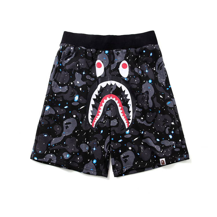 19ss Japanese-style Street Shark Head Night Light Casual Shorts Teenager Camouflage Sweatpants Shorts Fashion