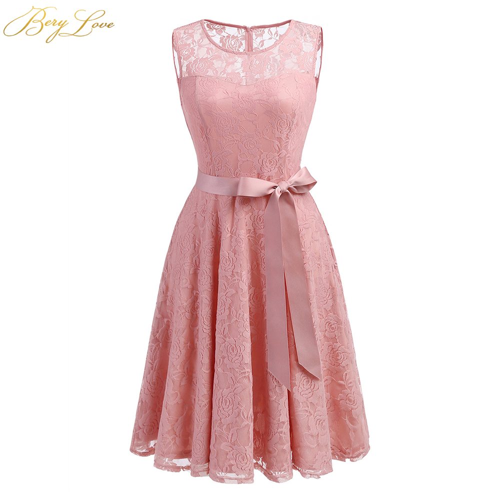 BeryLove Blush Pink Short Homecoming Dresses 2019 Lace A Line Belt Mini Length Scoop Neckline Girl Cute Party Graduation Gown