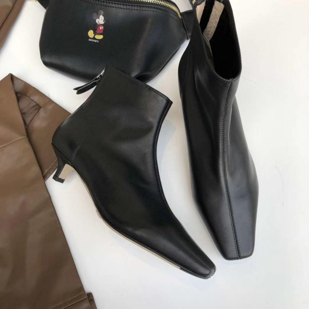 2019 new Women's Boots Luxury Brand High Quality Leather Rear Zip Ankle Boots Women Genuine Leather Booties