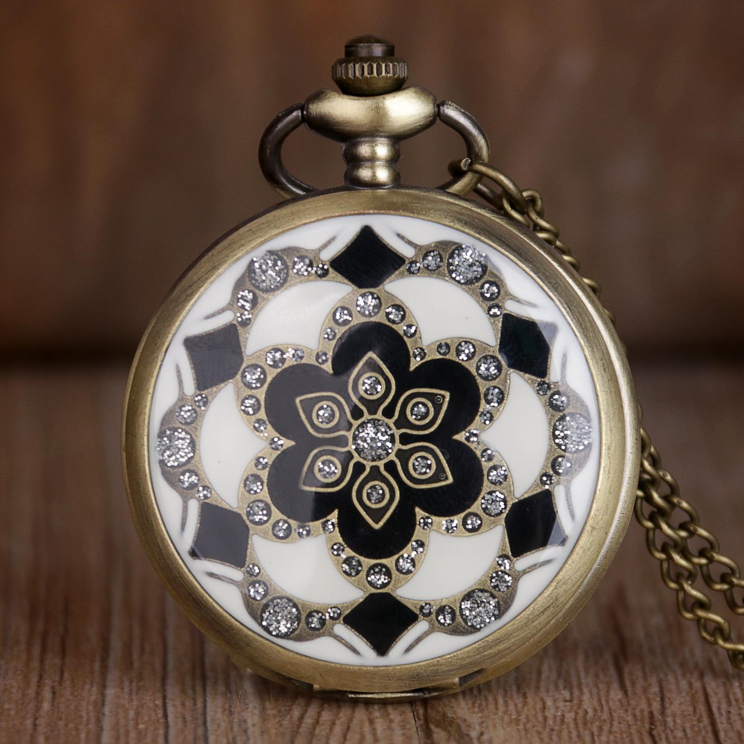 Women Quartz Watches Vintage Unique Designs Pocket Watch Retro Bronze Analog Pendant Necklace 37.5 Chain Children Girl Gift