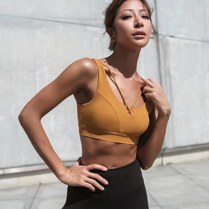 Sexy Yoga Bra Women Padded Sports Bra Shake Proof Running Workout Top Tank Fitness Shirt Vest Sports Wear for Women in Sports Bras from Sports Entertainment