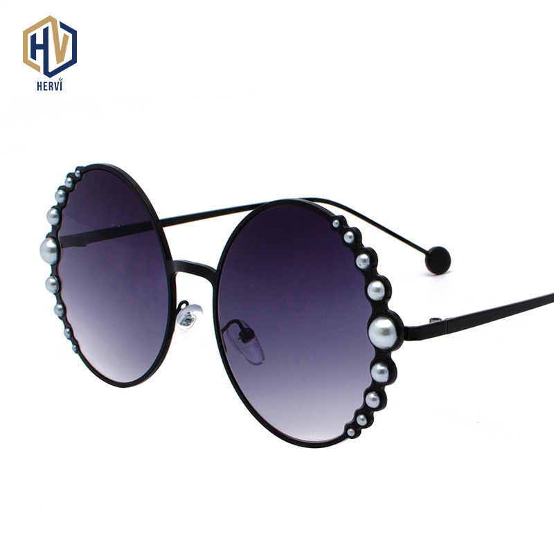 2019 Luxury Brand Round Women Sunglasses Pearl Decoration Fashion Sun Glasses Ladies Gradient Clear Shades UV400 Oculos De Sol