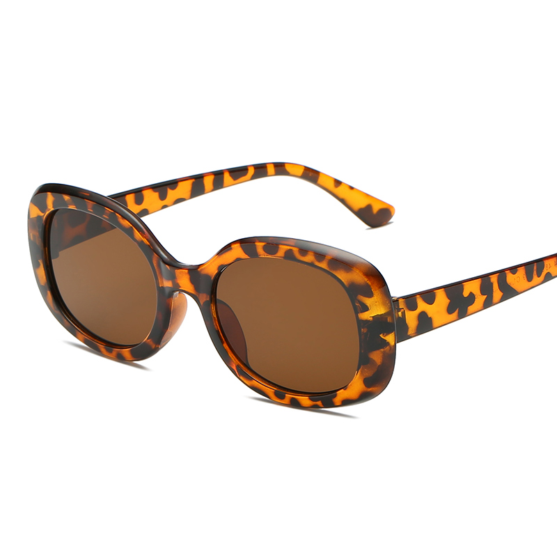 Sunglass Square Novelty Sunglasses Women 2018 New Hip Hop Style Color Lenses Retro Glasses Summer Travel Trend Accessories