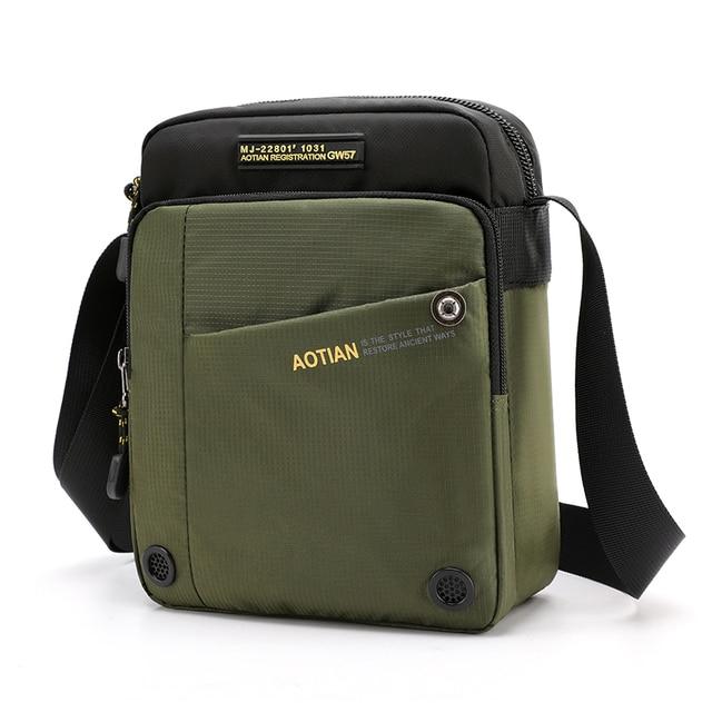 Маленькие водонепроницаемы мужские сумки через плечо