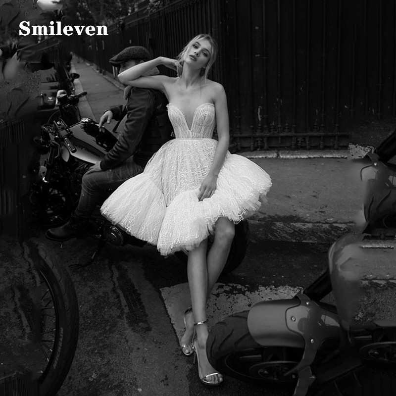 Smileven Boho Short Lace Wedding Dress 2019 Sweetheart A Line Mini Boho Bride Dresses Strapless Knee Length Beach Wedding Gowns