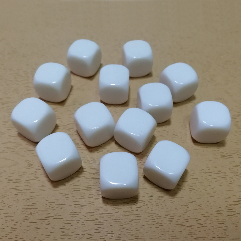 10PCS/Lot White <font><b>Blank</b></font> <font><b>Dice</b></font> <font><b>16MM</b></font> Acrylic Round Corner Dices English Russian Spainish Learning Cubes Children Match Teaching Dices image