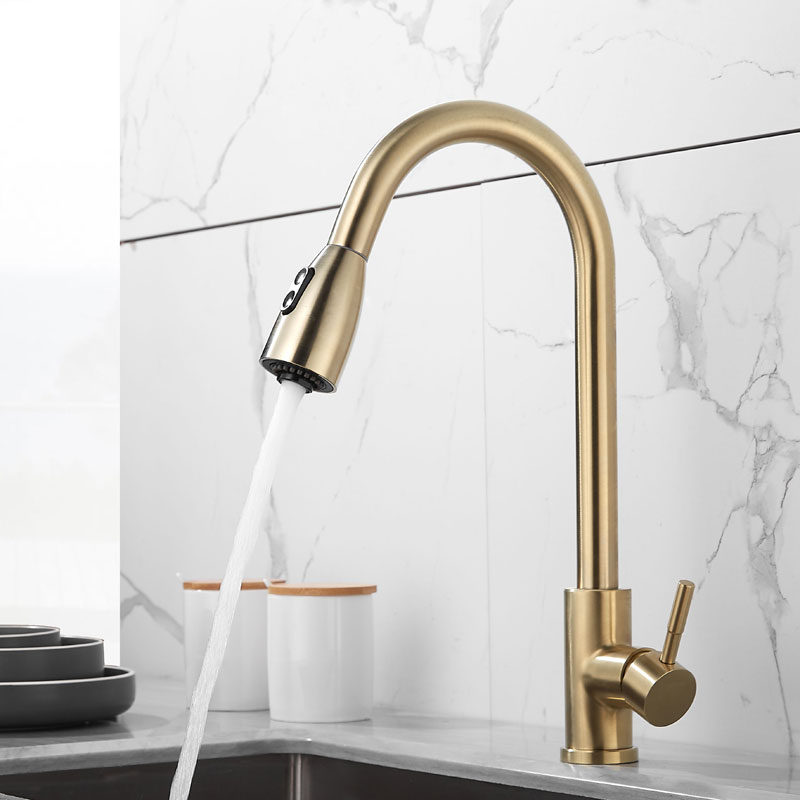 Tuqiu Brushed Gold Kitchen Faucet  Single Handle Pull Out Kitchen Tap Single Hole Handle Swivel Kitchen Mixer Tap Mixer Tap
